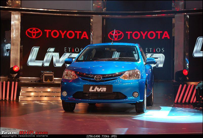 Pics:Toyota unveils the Etios concept at the AE 2010. UPDATE: PRICES pg30!-liva.jpg