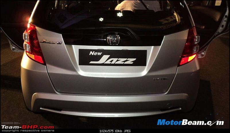 Honda slashes price on Jazz as well ? EDIT: Launch pics of new Jazz Pg.56-honda_jazz_facelift_launch_14.jpg