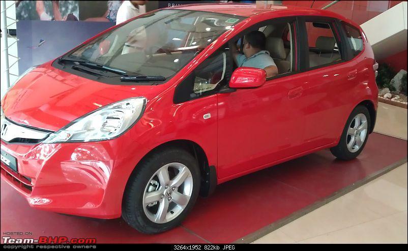 Honda slashes price on Jazz as well ? EDIT: Launch pics of new Jazz Pg.56-imag0308.jpg