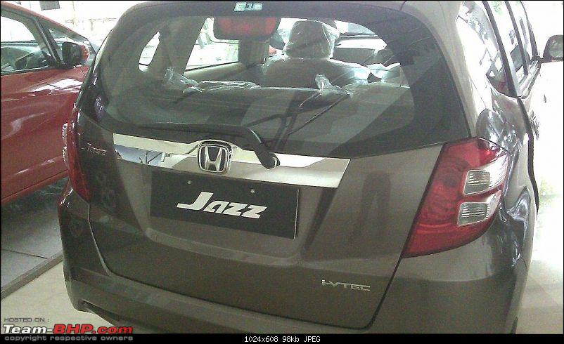 Honda slashes price on Jazz as well ? EDIT: Launch pics of new Jazz Pg.56-image_338.jpg