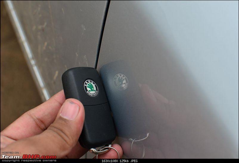 Another Laura TSi thread..But got a damaged car instead !!!-dullness-paint-3.jpg
