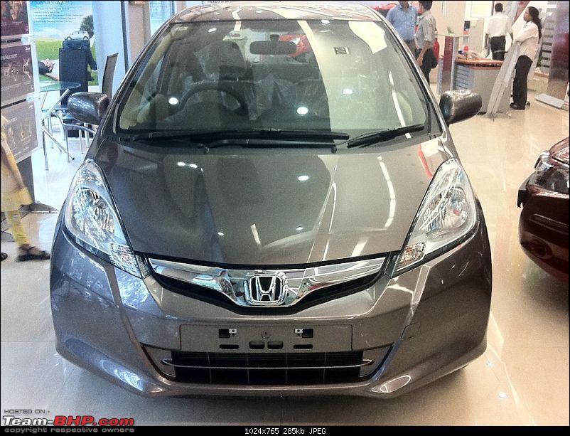 Honda slashes price on Jazz as well ? EDIT: Launch pics of new Jazz Pg.56-img_0325.jpg
