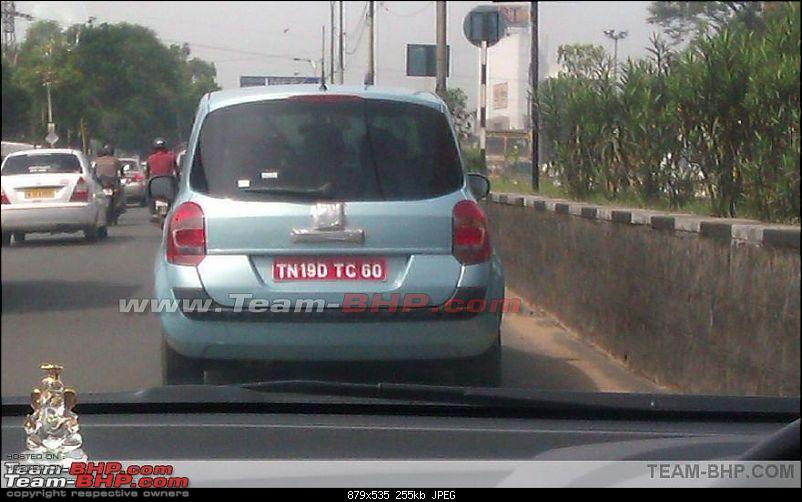 SCOOP Renault's new small car *Modus* caught testing. EDIT : New pics on Page 6-snap2i.jpg