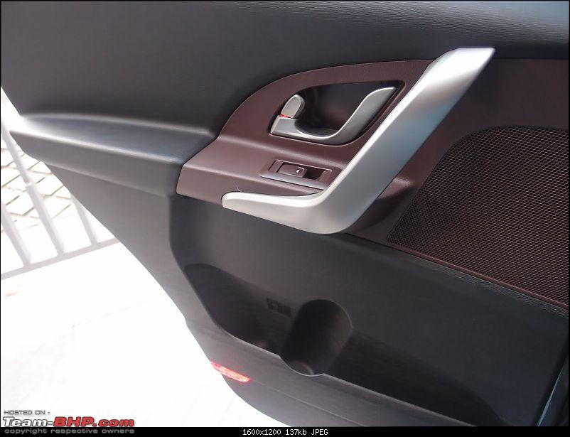 New Mahindra SUV for 2011 - Pics on Pg. 109 *UPDATE* XUV500 launched at 10.8 lakhs-pa061036.jpg
