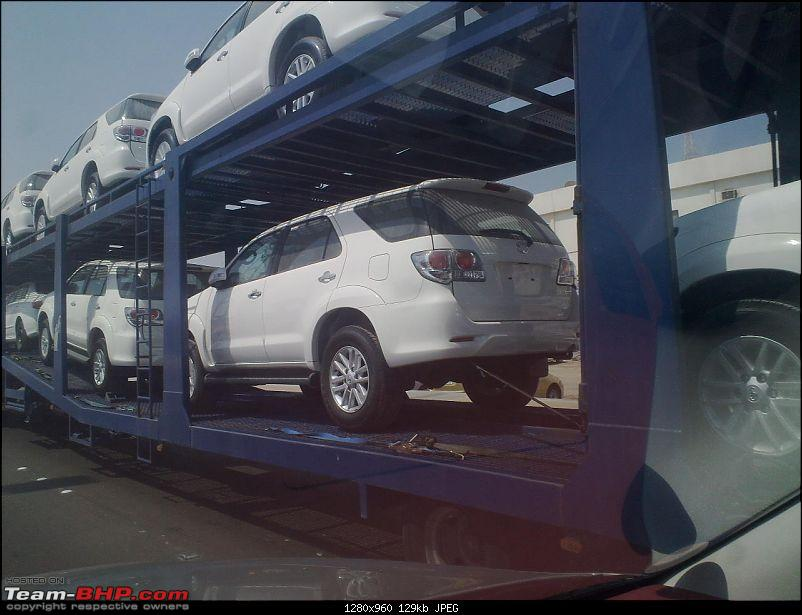Toyota Fortuner Facelift Spied! *UPDATE* Uncovered pics on Pg.6-031020111118.jpg