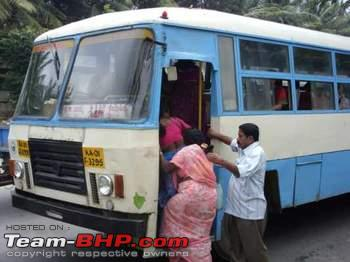 Name:  buses_with_boards_written_in_kannada_only_small.JPG