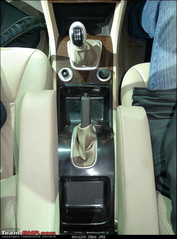 Tata Safari Storme : Auto Expo 2012-interior-1-8.jpg
