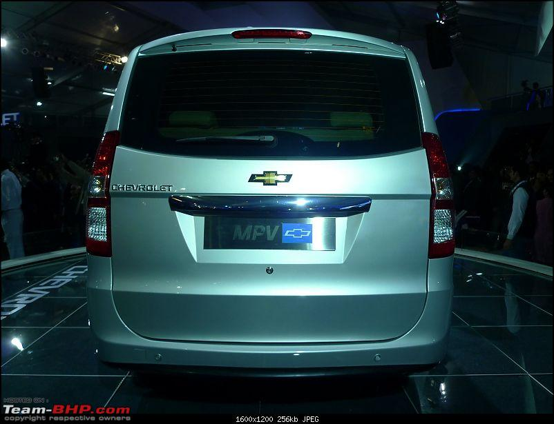 Chevrolet Sail (Hatchback) & Chevrolet MPV (Enjoy) : Auto Expo 2012-chevrolet-mpv-6.jpg