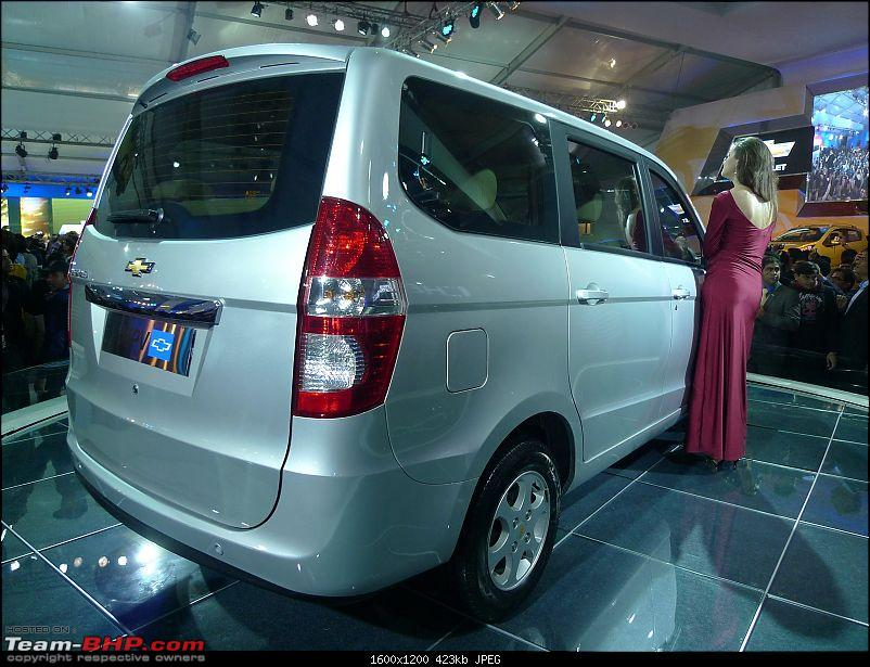 Chevrolet Sail (Hatchback) & Chevrolet MPV (Enjoy) : Auto Expo 2012-chevrolet-mpv-7.jpg