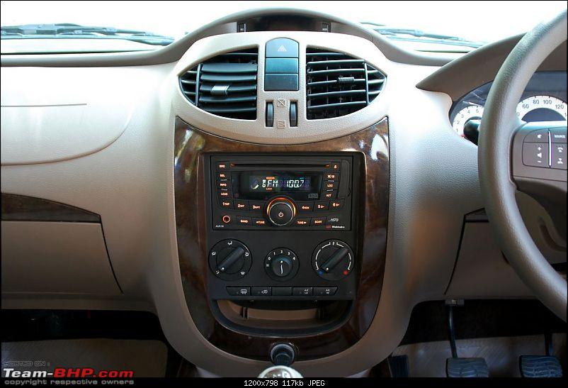 PICS : The 2012 Mahindra Xylo Facelift Launch-2012-xylo-interior-21.jpg