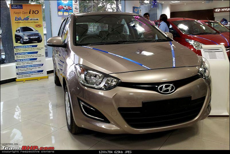 "Face-lifted Hyundai i20 ""i-Gen"" launched @ 4.73 lakhs-20120329_181337.jpg"