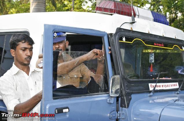 Name:  Sun Film removal  Police Jeep.jpg Views: 4366 Size:  47.3 KB