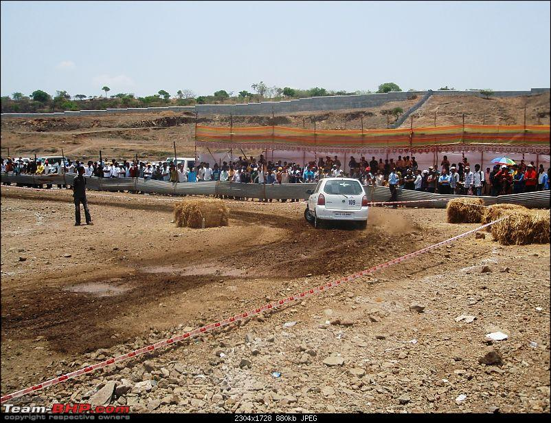 Pune Autocross - 2nd may 2010 Report and Pics-012cars-digging-track-gypsy-class.jpg