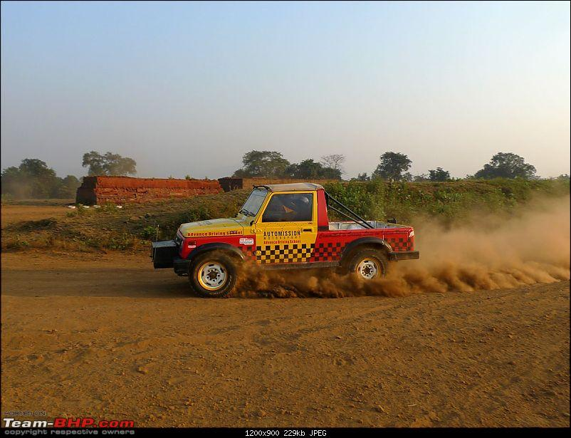 Report & Pics: New Race Track outside Mumbai at Khopoli (AutoMission Rally School)-3p12201283.jpg