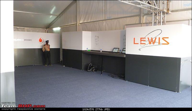 Hamilton drives an F1 car in bangalore! Report from Pg.5 onwards-19.-very-simple-pit-garage.jpg