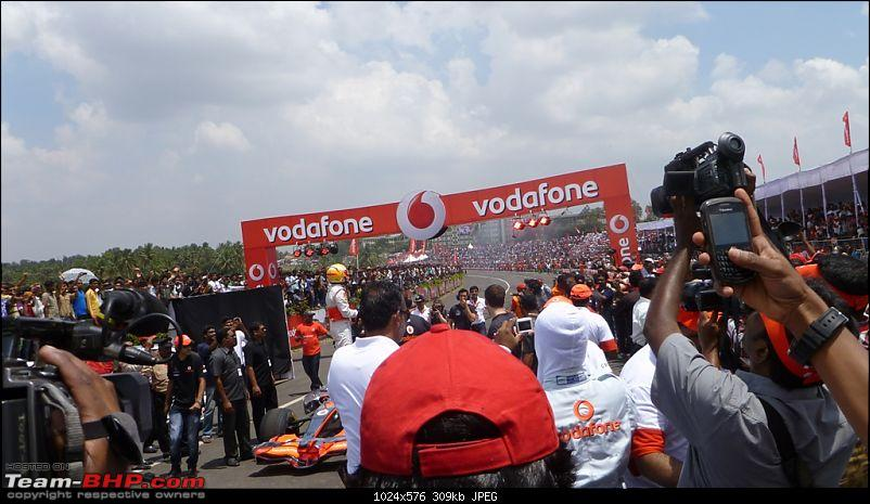 Hamilton drives an F1 car in bangalore! Report from Pg.5 onwards-23.-lewis-top-car.jpg