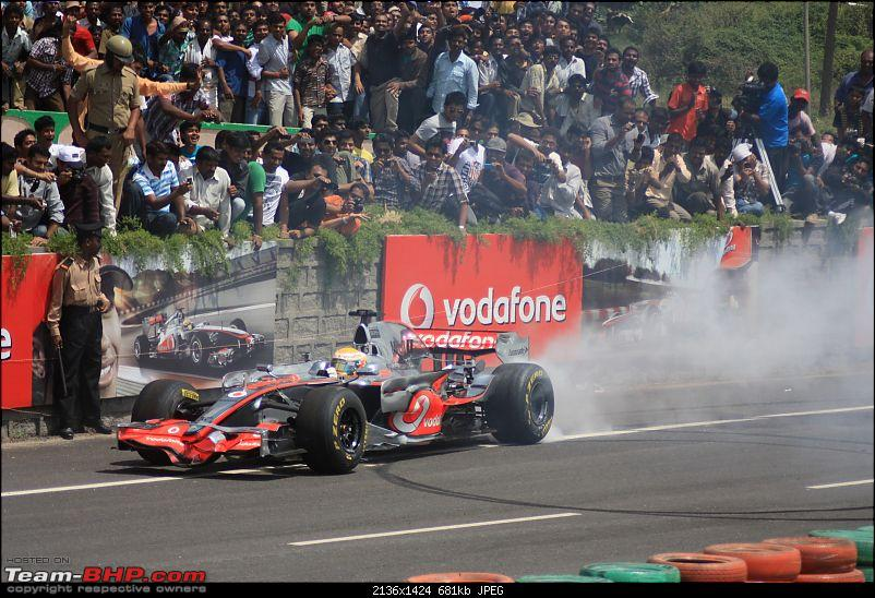 Hamilton drives an F1 car in bangalore! Report from Pg.5 onwards-lewis_004.jpg