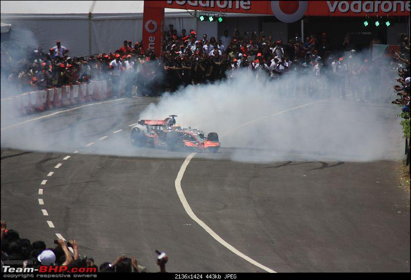 Hamilton drives an F1 car in bangalore! Report from Pg.5 onwards-lewis_007.jpg