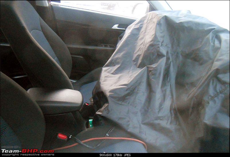Possible 2015 Hyundai Compact SUV spyshots surface-hyundaicompactsuvinterior.jpg