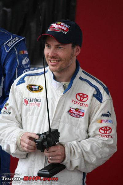 Name:  400pxJacques_Villeneuve_2008_NASCAR_Rookie.jpg