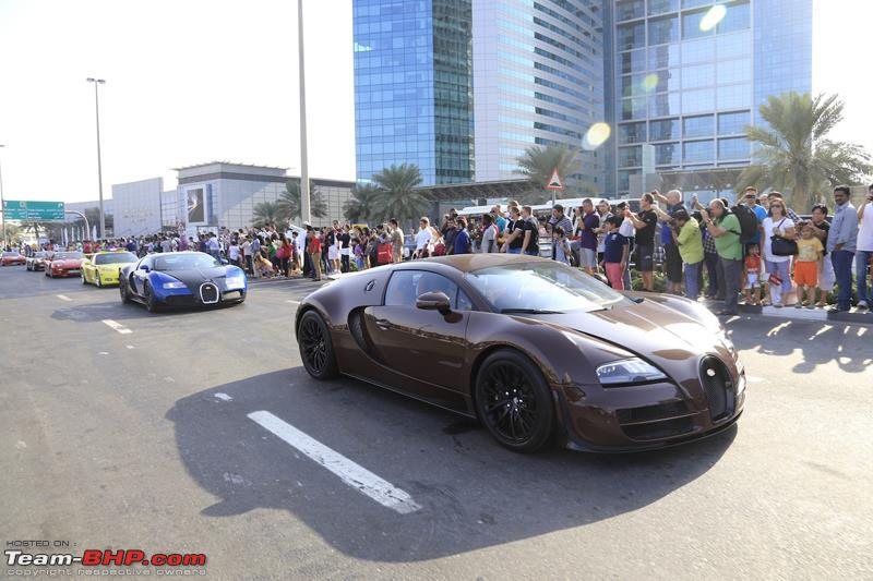 Name:  52The_Dubai_Grand_Parade_included_three_Bugatti_Veyrons.JPG