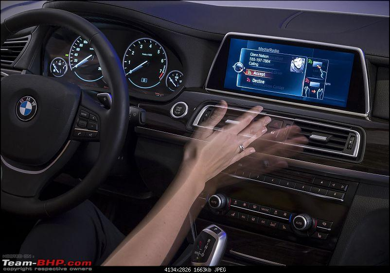 BMW showcases next-gen iDrive - Touchscreen & gesture based controls-nextgenidrivewithgesturecontrolandtouchscreenunveiledat2015cesphotogallery_4.jpg