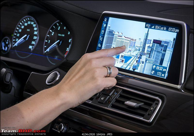 BMW showcases next-gen iDrive - Touchscreen & gesture based controls-nextgenidrivewithgesturecontrolandtouchscreenunveiledat2015cesphotogallery_10.jpg