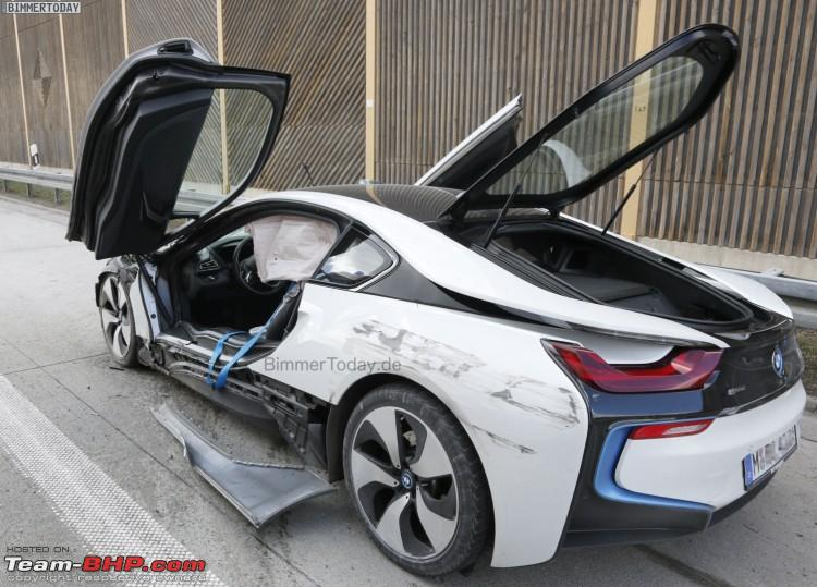 Name:  BMWi8UnfallAutobahnCrash5750x539.jpg