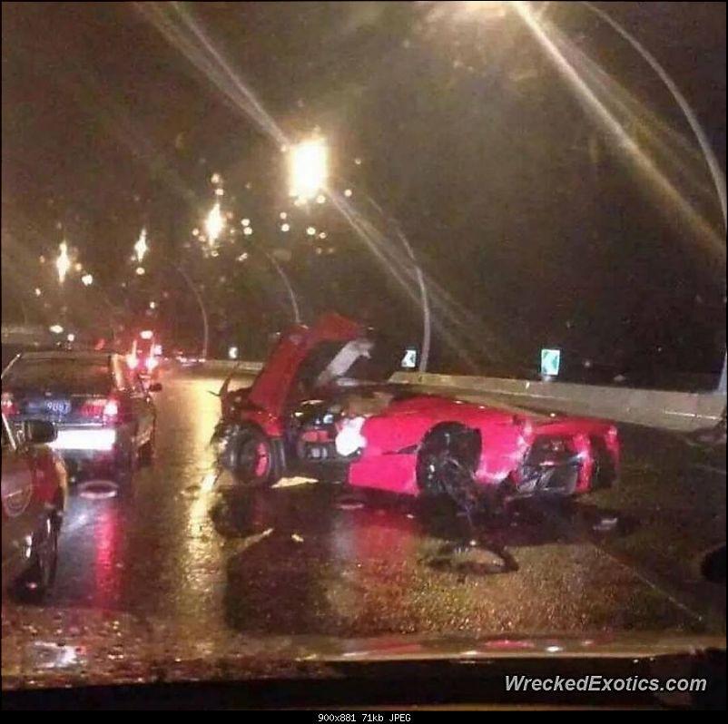 International Supercar Crashes-11051988_10152830314858008_7599264279914816681_n.jpg