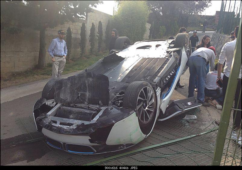 International Super-Car Crashes-bmwi8crash.jpg