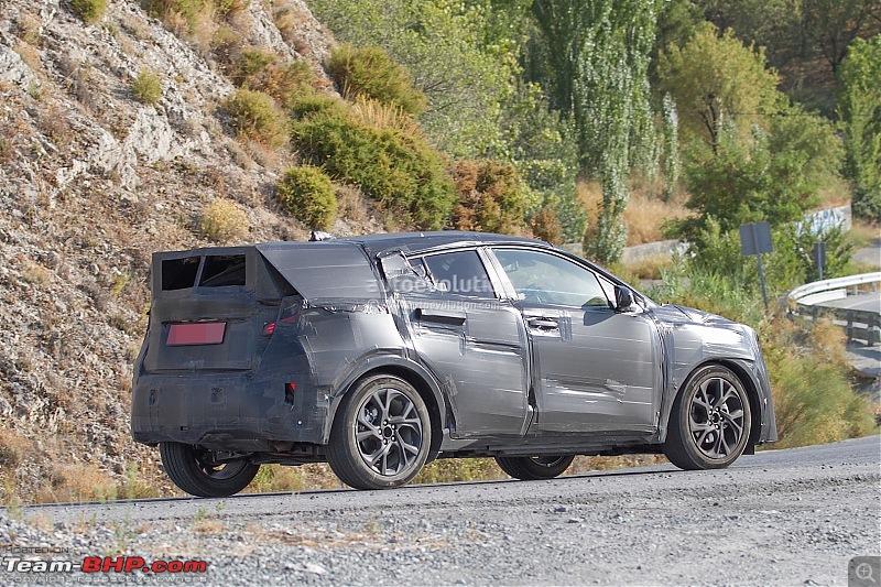 Spy pics: Toyota C-HR Compact Crossover!-spyshotstoyotacrossoverspottedduringtestswillchallengethenissanjukephotogallery_7.jpg