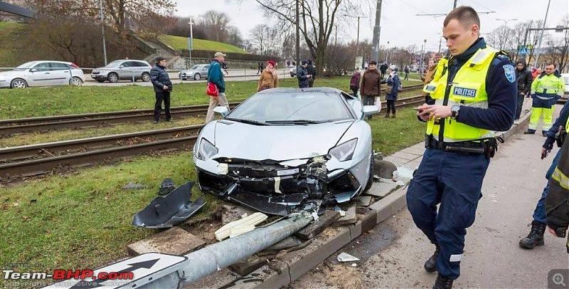 International Super-Car Crashes-lamborghini4.jpg