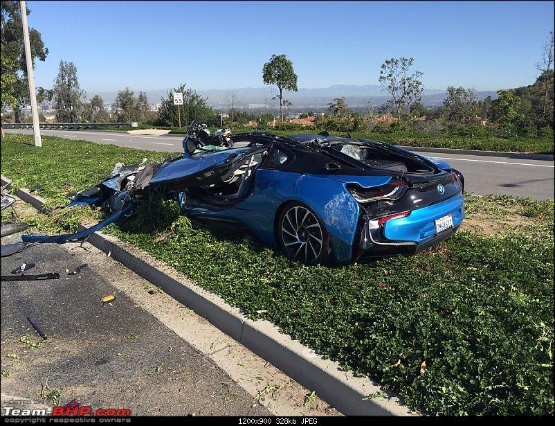 International Super-Car Crashes-bmwi82.jpg