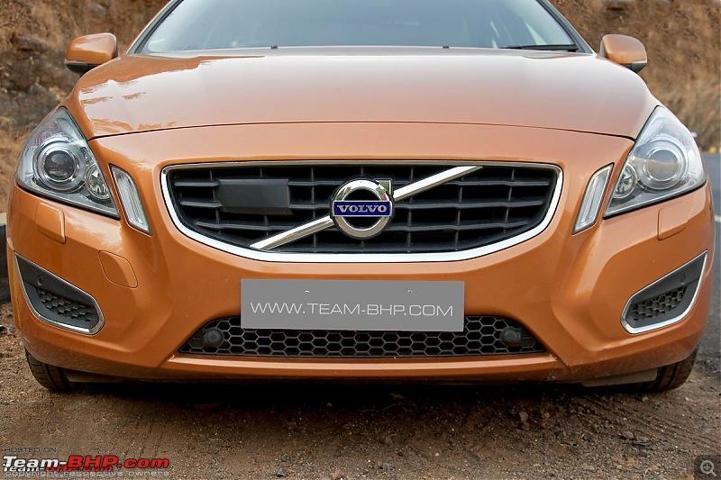 Next-gen Volvo V40, XC40 teased-volvos6002.jpg