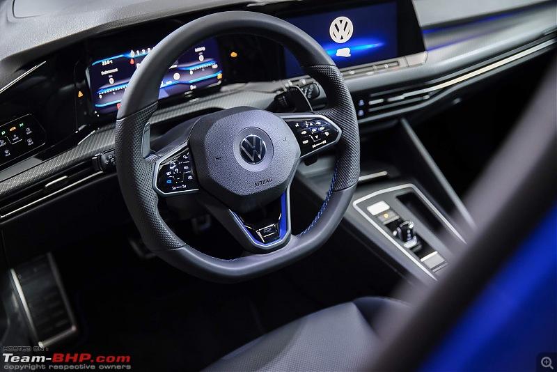 The 2018 Volkswagen Golf Mk8-vwgolfr2022-5.jpg