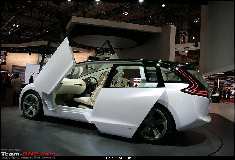 2009 Tokyo Motor Show-skydeck128012.jpg