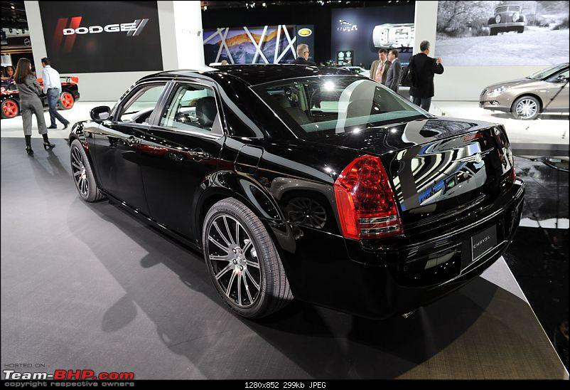 All the action of Detroit Motor Show 2010-chrysler300s003.jpg