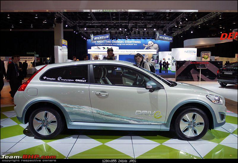 All the action of Detroit Motor Show 2010-volvoc30evlive06.jpg