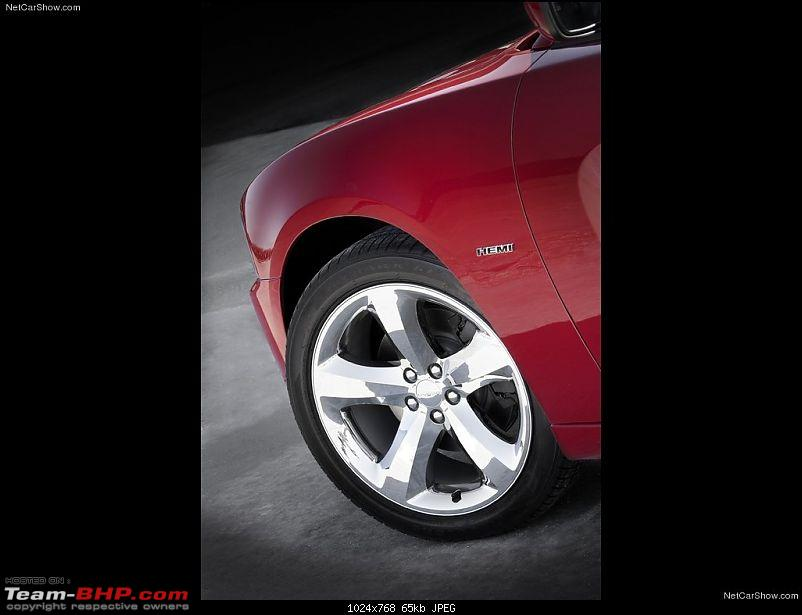 '11 dodge charger unveiled-dodgecharger_2011_1024x768_wallpaper_08.jpg