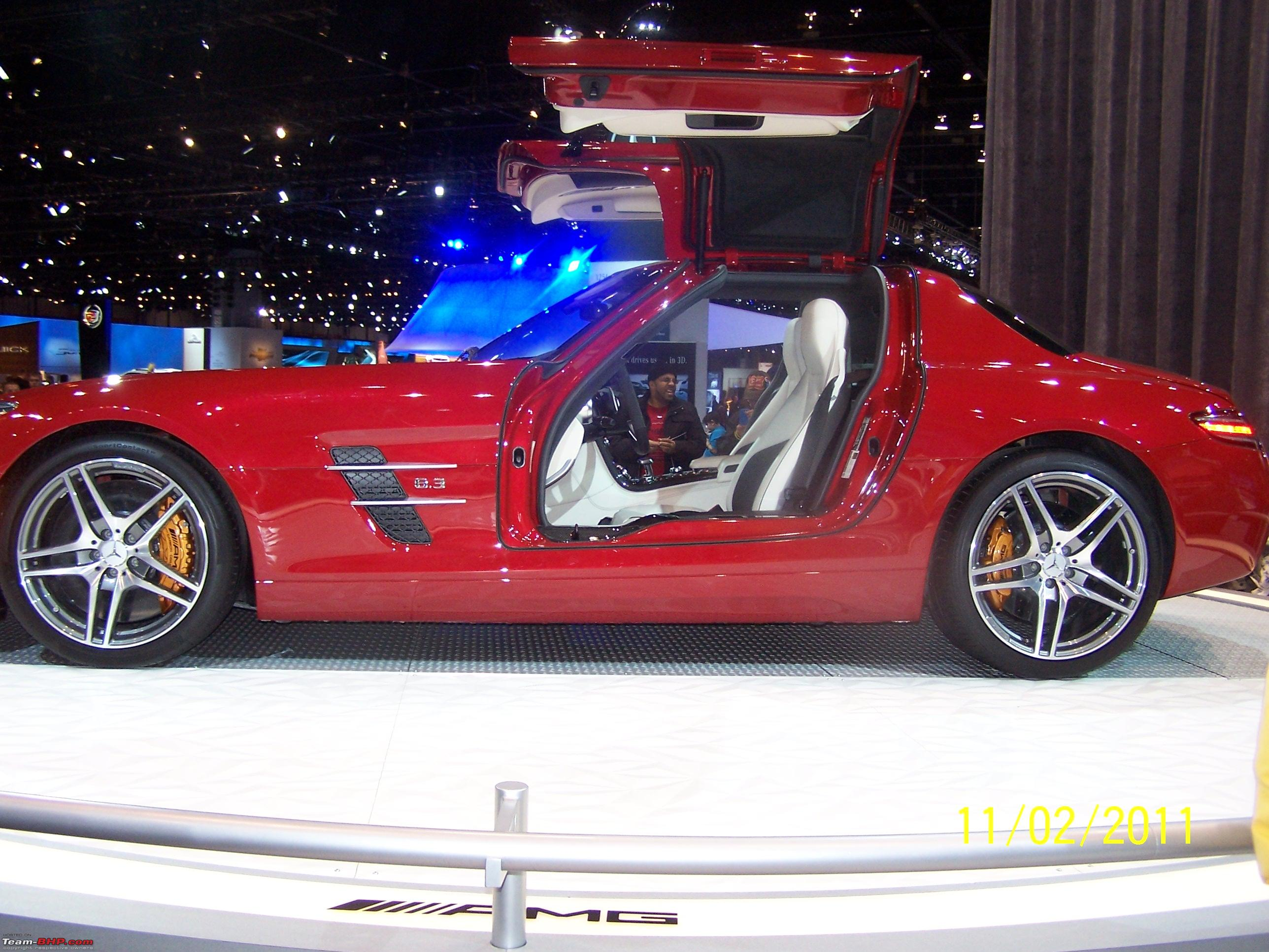 2011 Chicago Auto Show - Team-