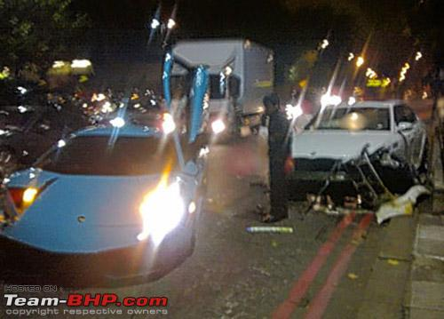 Name:  lamborghinimurcielagocrashesinlondon_100329913_m.jpg