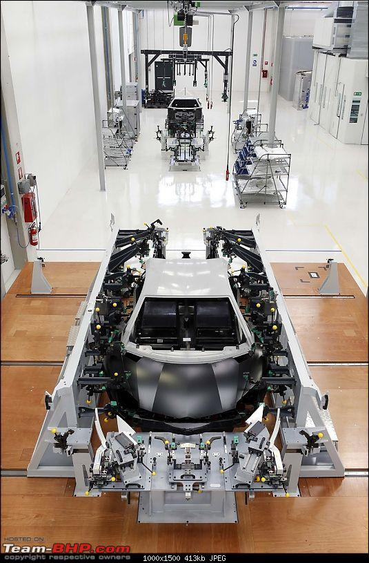 Lamborghini Aventador LP700-4 - Now Launched!-biw-assembly-station.jpg