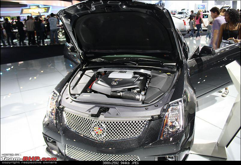 Los Angeles Auto show - 2011-cts_coupe_2012_bay.jpg