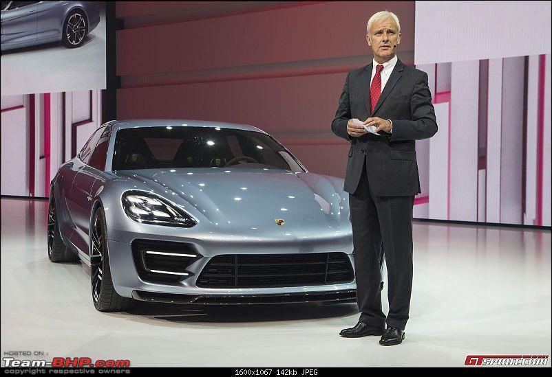 Paris Motor Show - 2012!-456138_10151076543750143_196412752_o.jpg