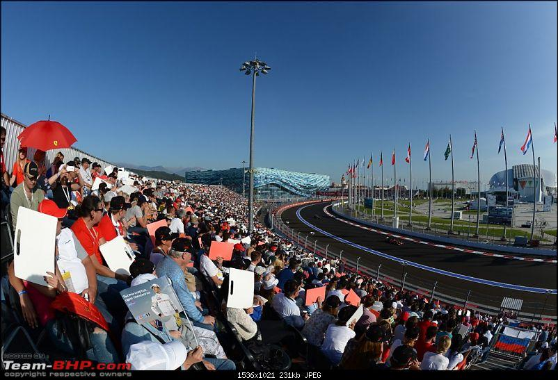 2015 Formula 1 Russian GP - Sochi-crowd.jpg