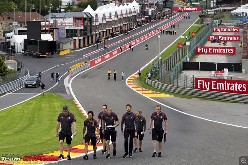 Formula 1 - 2017 Belgian GP-track-walk.jpg