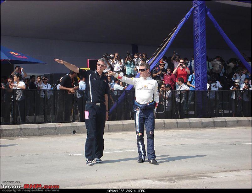 Red Bull F1 car @ Bandra Worli Sealink in Mumbai. UPDATE: Report & Videos pg7 onwards-dsc04218.jpg