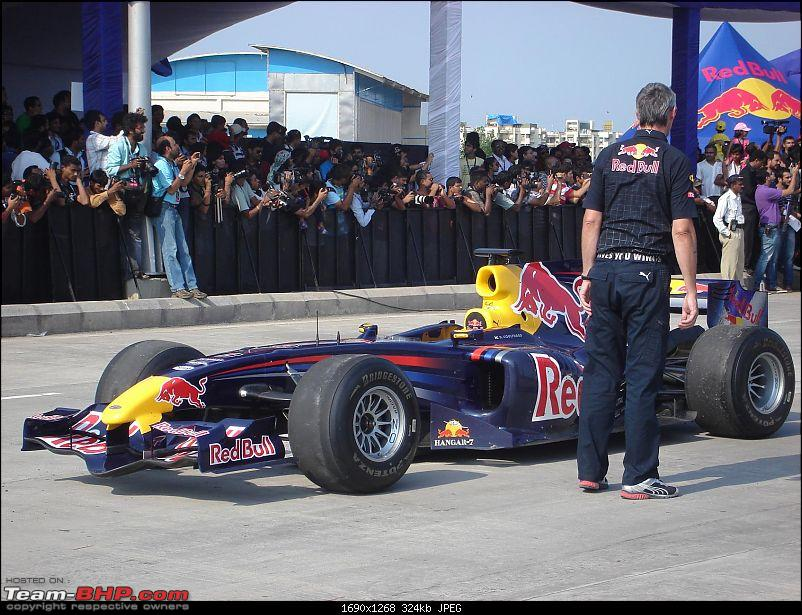Red Bull F1 car @ Bandra Worli Sealink in Mumbai. UPDATE: Report & Videos pg7 onwards-dsc04227.jpg