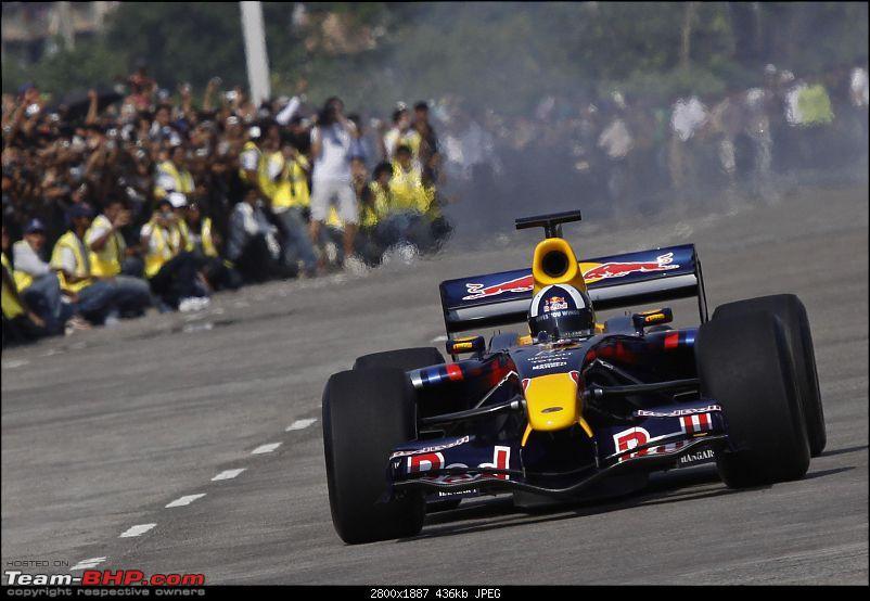 Red Bull F1 car @ Bandra Worli Sealink in Mumbai. UPDATE: Report & Videos pg7 onwards-dg_india_f1_4009.jpg