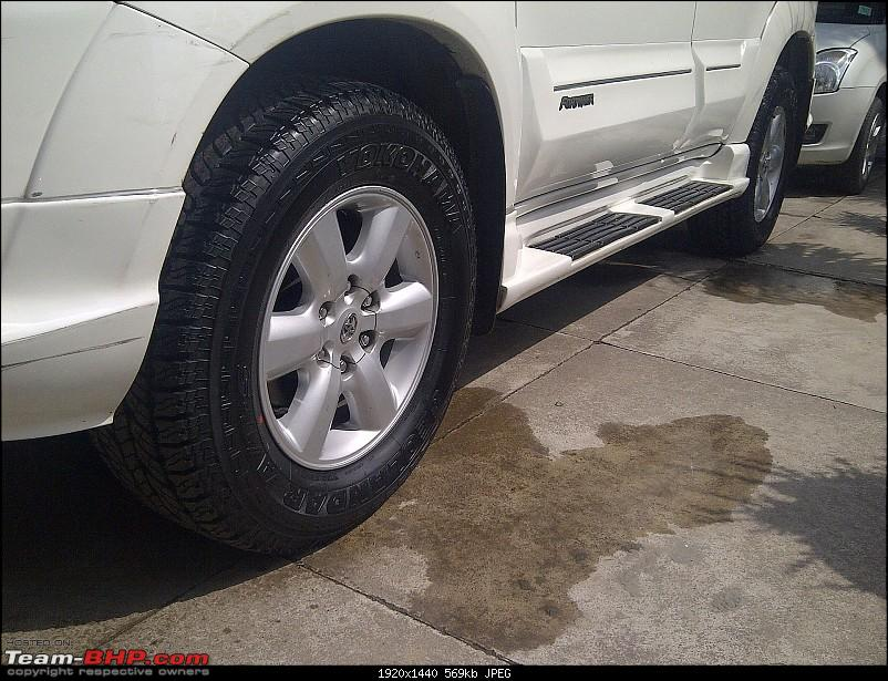 Obelix, the Invincible Toyota Fortuner! 1,67,000 km and going strong!-tyre-morning-side-2.jpg